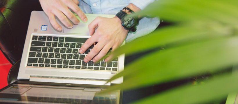 Cac khoa dao tao khoi nghiep kinh doanh online mien phi 820x360 - Các khóa đào tạo khởi nghiệp kinh doanh online miễn phí